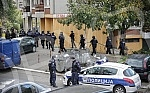 In the police action in the Belgrade suburb of Žarkovo, arrested two robbers.U policijskoj akciji, u beogradskom naselju Zarkovo, uhapsena su dvojica razbojnika