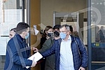 The verdict of the former president of the municipality of Grocka, Dragoljub Simonovic, and two other defendants, who participated in the organized burning of the house of Zig info journalist Milan Jovanovic, were announced in the Second Basic Court.