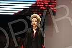 Oboji u crveno. Svim srcem - modna revija na Fashion week.
