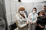Singer Jelena Karleusa was vaccinated immediately after the opening of the vaccination point in the Usce shopping center in New Belgrade and thus supported the campaign